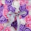 Rózsa maci, örök virág maci díszdobozban 25 cm - lila-fehér-rózsaszín mix