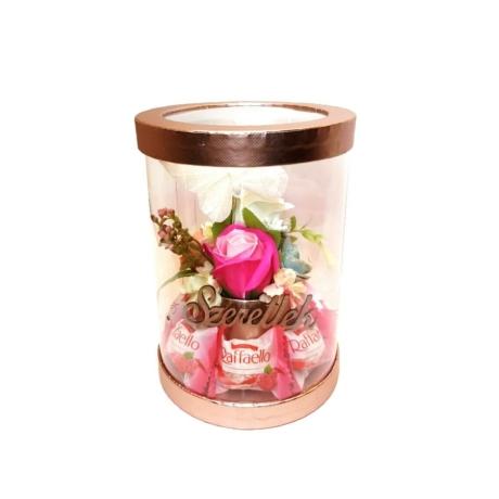 BoxEnjoy - rose arany henger rózsaszín szappanrózsával - málnás Raffaello-val